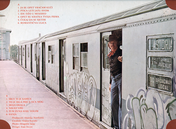 Close-up of back cover of Vraćam Se Kući LP, photograph by Dragutin Jajac